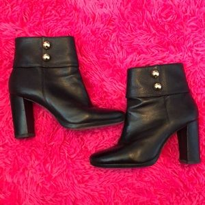 Black Kate Spade heeled Booties w/ Gold Stud sz 6